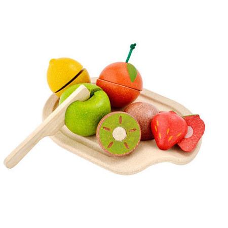 Drewniane owoce do krojenia - zestaw owoców i drewniana deska, Plan Toys