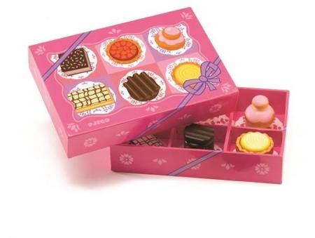 Drewniane torciki - zestaw 6 ciasteczek dla dzieci do odgrywania ról, cukiernia DJECO DJ06515