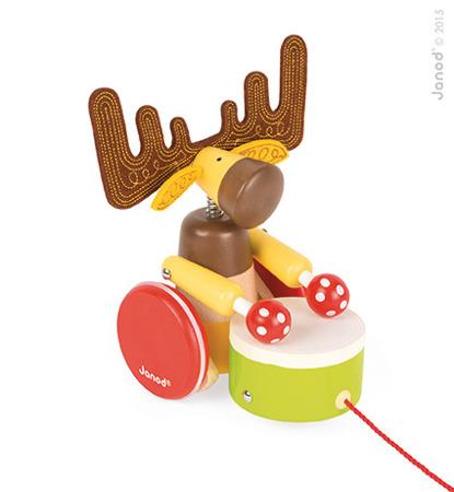 Drewniany łoś do ciągnięcia z bębenkiem - zabawka ze sznurkiem Baby Forest, JANOD J08199